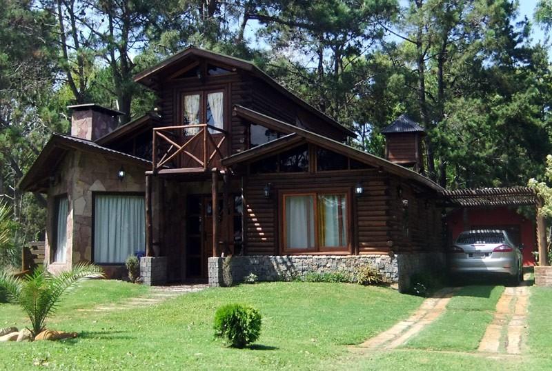 Fachadas de caba as en zona campestre mundo fachadas for Fachadas de cabanas rusticas