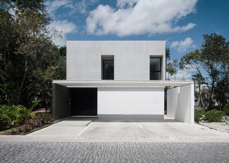 Minimalist house with two floors, simple facade design and chord colors 1