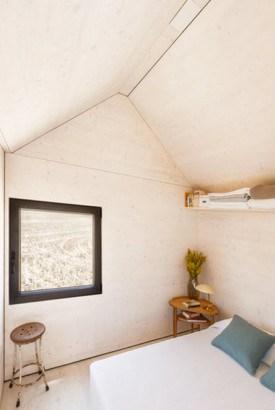 casa-prefabricada-pequena-diseno-economico-y-funcional-de-un-solo-bloque-6