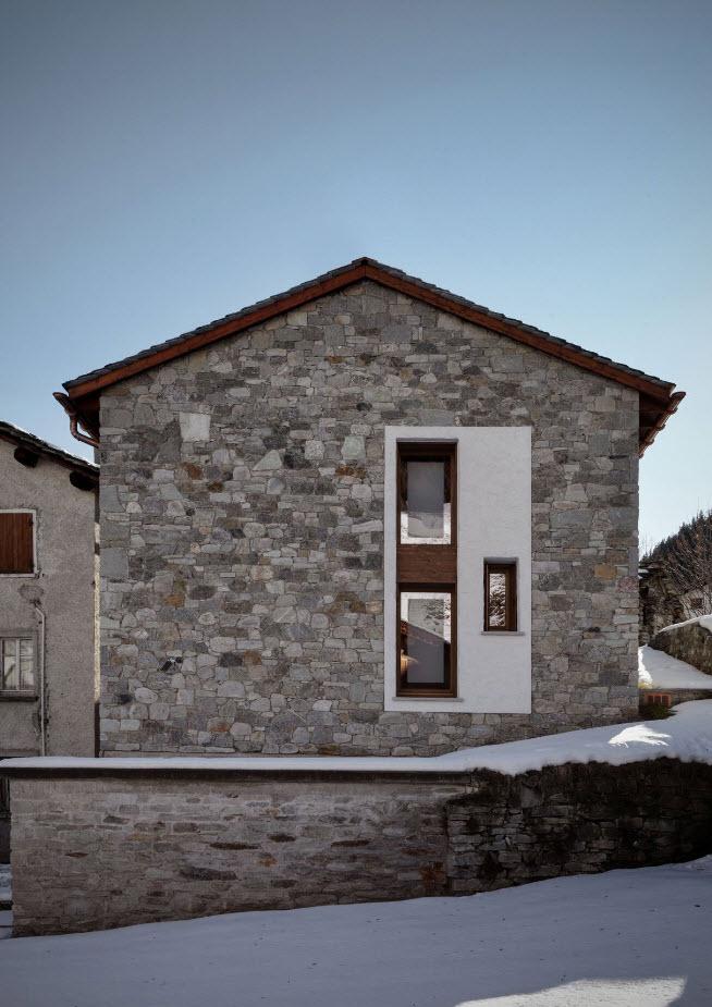 pequena-vivienda-estilo-tradicional-exteriores-rusticos-e-interiores-modernos-3
