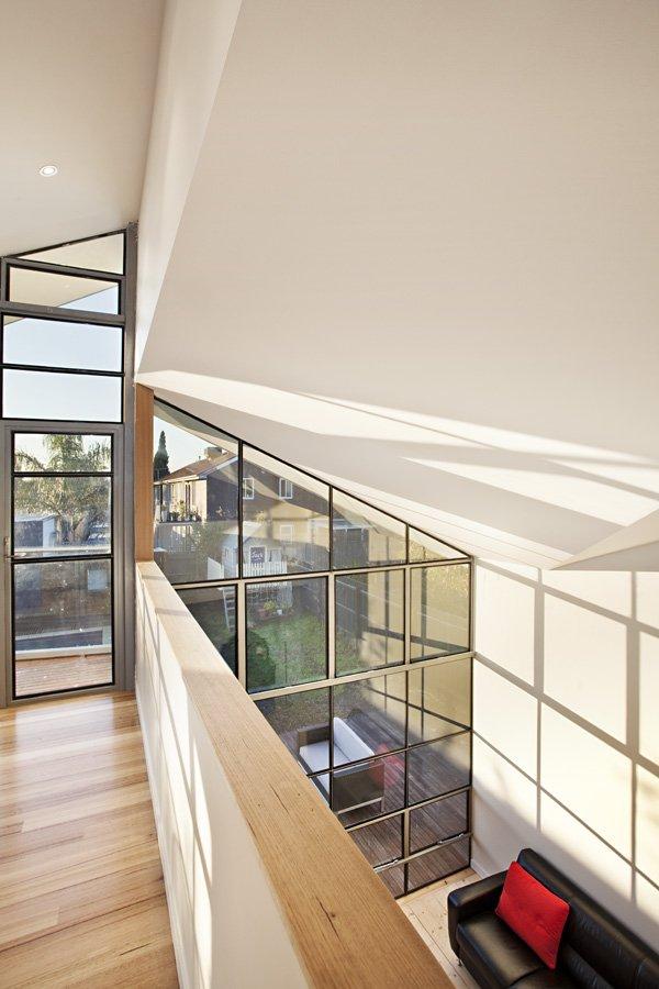 Casa Híbrida mostramos como mediante una renovación se convierte en una moderna vivienda de dos pisos 8