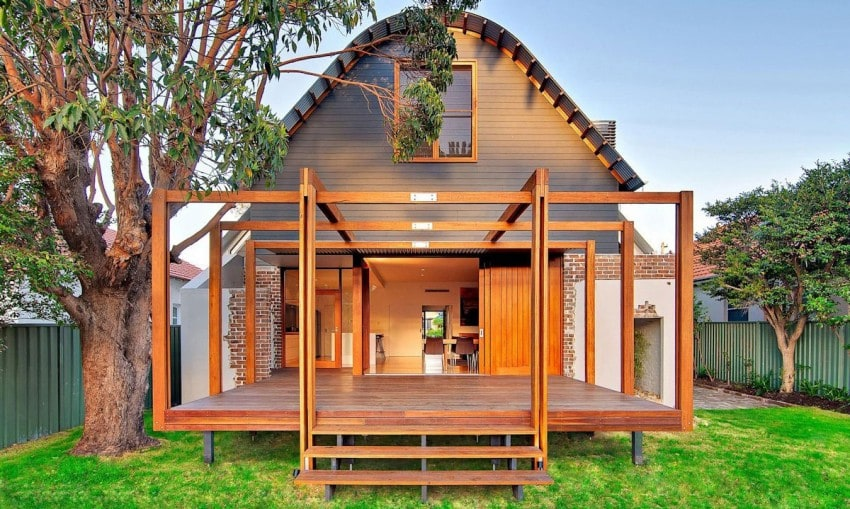 The Classic and the Modern, together at the same time, result in this beautiful 3 home