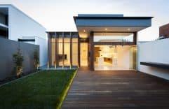 Armadale House 2, un ejemplo de simpleza y belleza con interiores minimalistas
