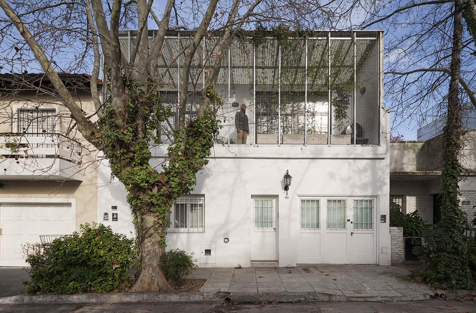 Casa silvina y omar fachada simple y minimalista planos for Casa minimalista argentina