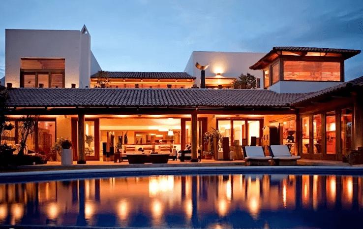 Parte 1 casas r sticas dise adas por arquitectos for Fachadas de casas modernas en hermosillo