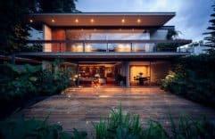 Construcción y planos de casa cuadrada, fachada moderna y ambientes interiores espaciosos que te cautivaran