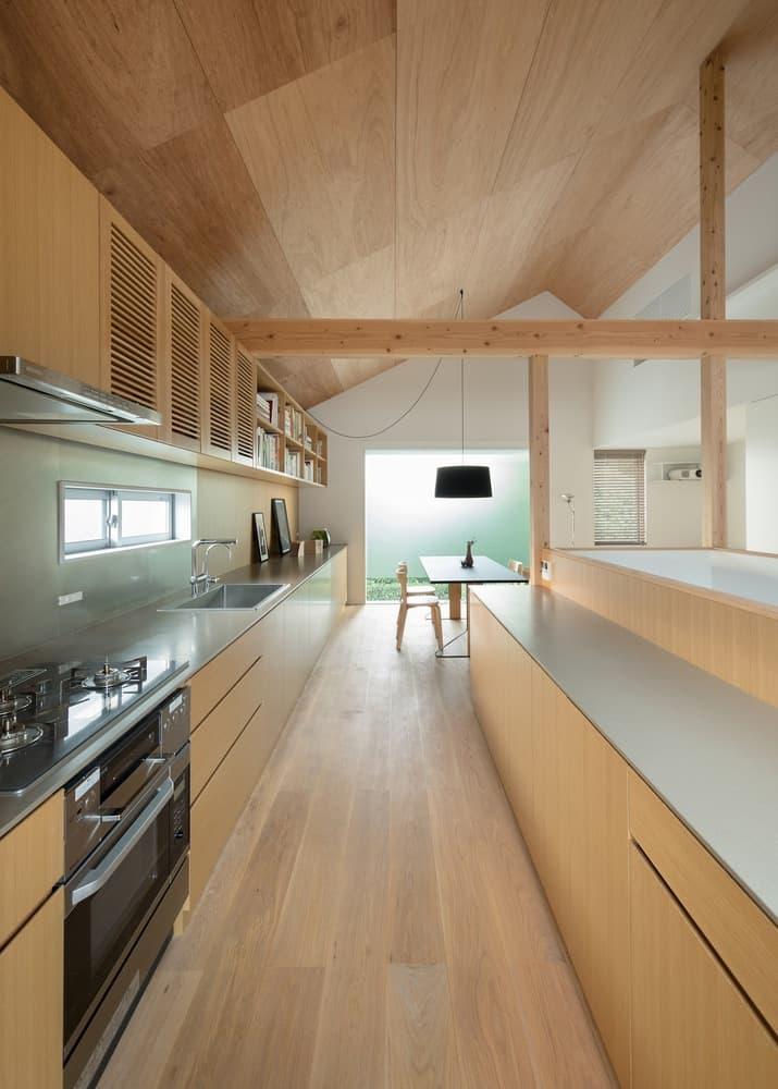 Casa de estilo japones conoce su dise o interior moderno en madera y planos mundo fachadas - Pisos de diseno en barcelona ...