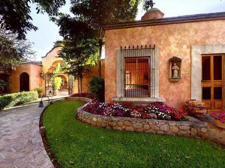 Dise os de fachadas de casas de una y dos plantas nos for Decoracion de casas tipo hacienda