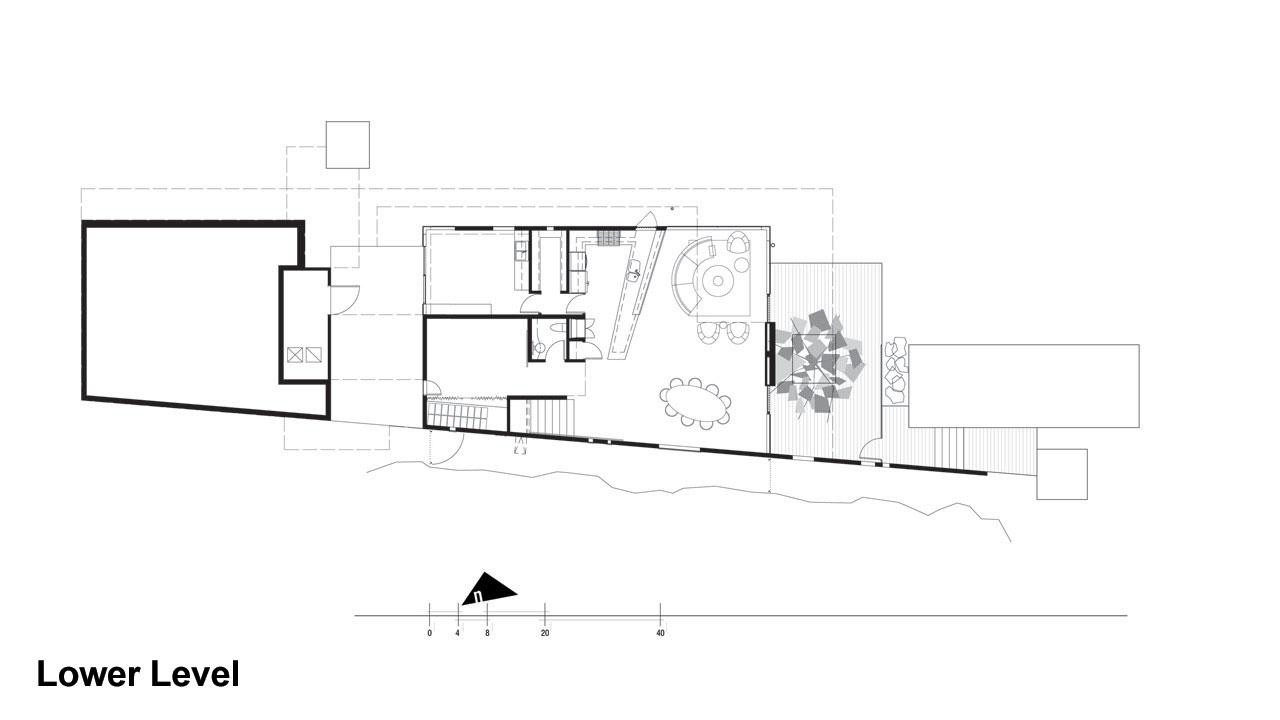 Casa moderna de dos pisos fachada de madera con grandes for Hacer plano vivienda