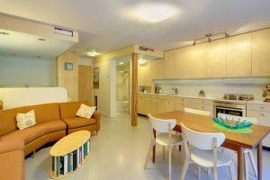 Departamento de un solo dormitorio construido en 33 metros cuadrados, te enseñamos cómo aprovechar el espacio y lograr un resultado amplio y luminoso