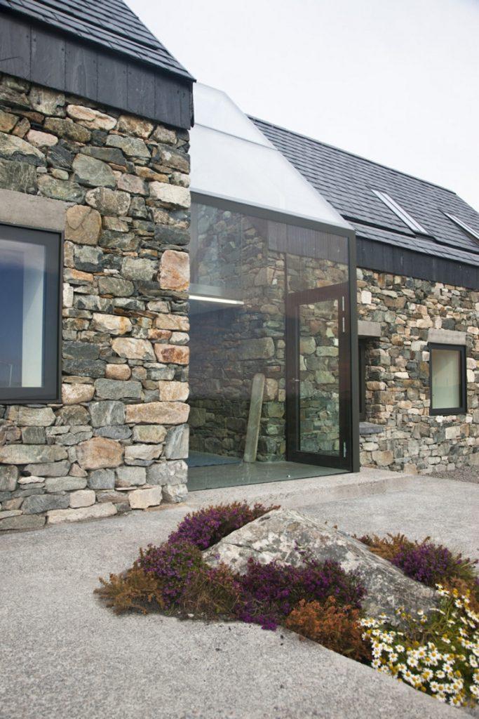 Fachadas de casas de piedra natural el exterior tambi n - Casas de piedra natural ...
