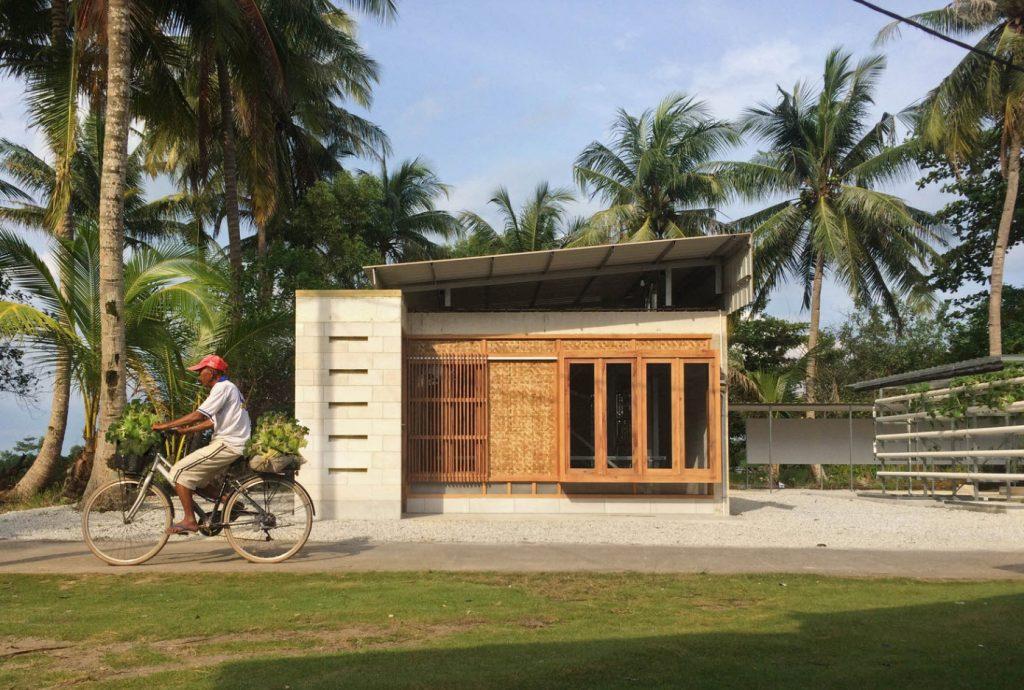 Dise o de casa de campo peque a construida con concreto for Disenos de casas de campo pequenas