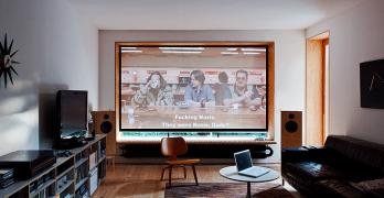 ¿Cómo crear una sala de cine en casa? Te enseñamos una de las mejores y mas cómodas maneras para implementarla