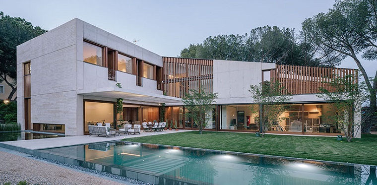 Modern L Shaped Houses Located In Madrid Glass Facade With Swimming Pool Included World Facades