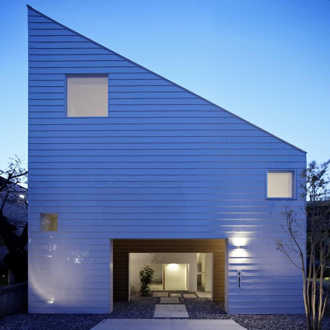 Casa moderna japonesa con interiores distintivos y planos for Casa moderna japonesa
