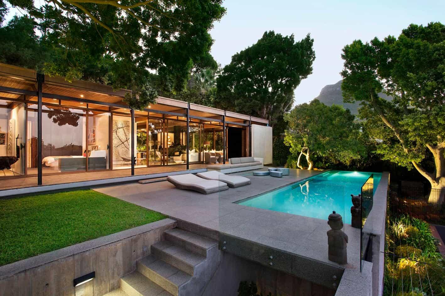 moderna casa de monta a con vistas impresionantes a la